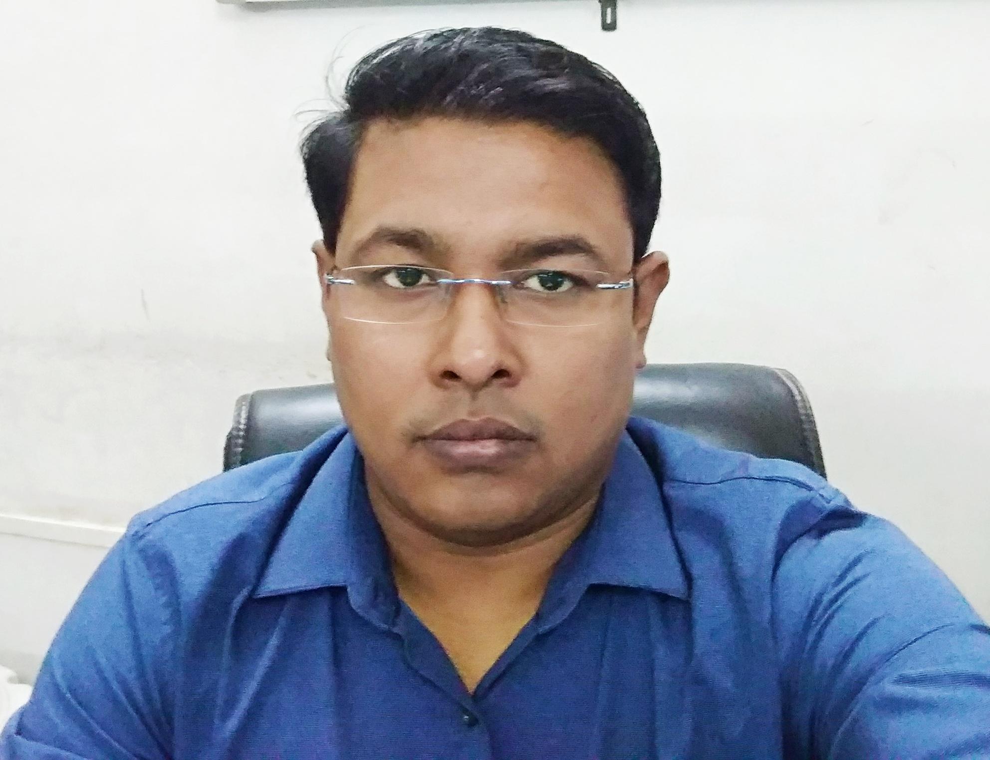 Dr. Rajive Lodhi